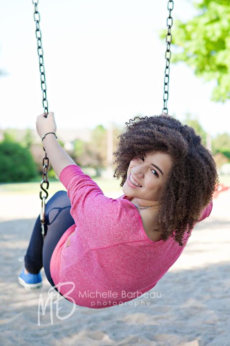 teen_on_swing