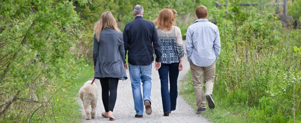 Kanata Family plus their Pet / Kanata Family Photographer
